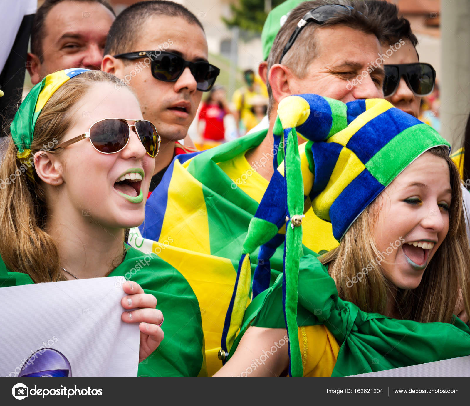 Brazilian soccer fans – Stock Editorial Photo © pxl.store  162621204 ab49d478d81b