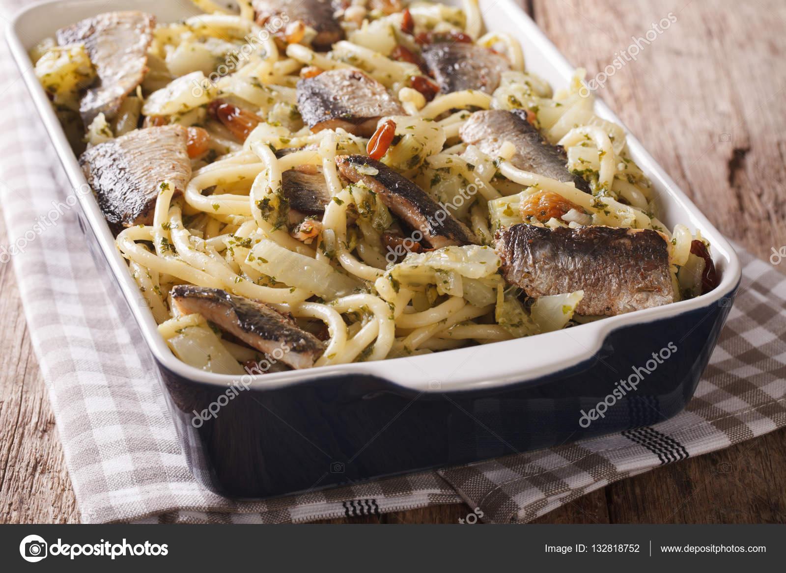 Çam Fıstıklı Kuru Üzümlü Spaghetti