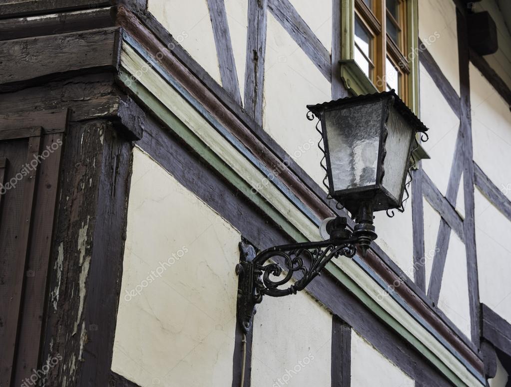 Fachwerkhaus mit Licht — Stockfoto © compuinfoto #125182702