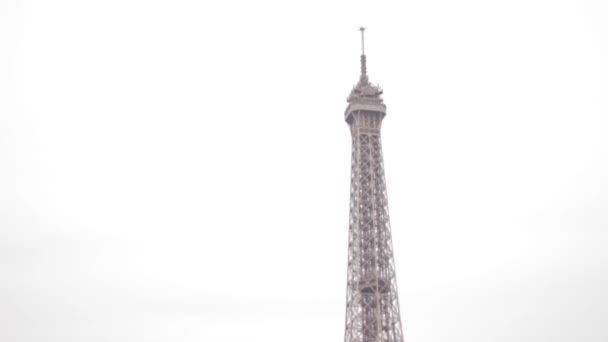 Eiffelova věž a seine řece