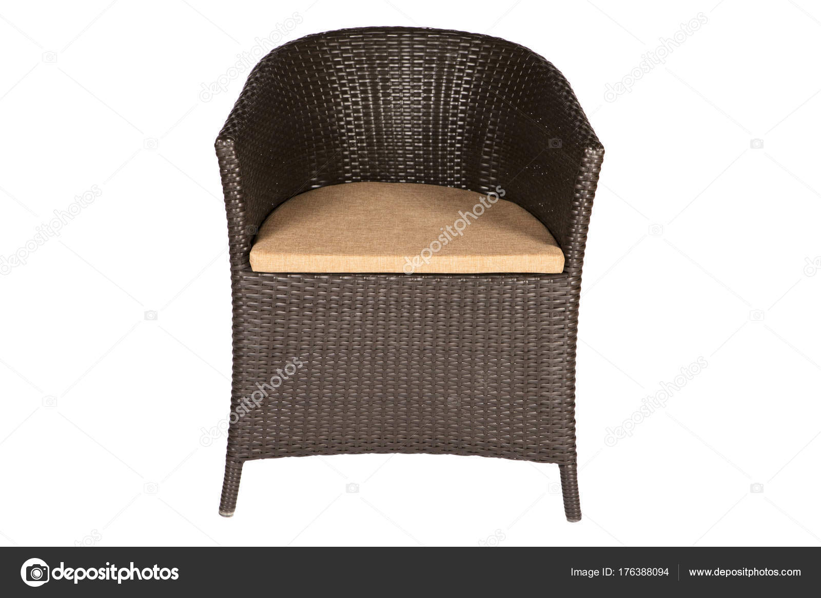 Zwarte Rieten Stoel : Rieten stoel met linnen kussens zand kleur u stockfoto thepushba