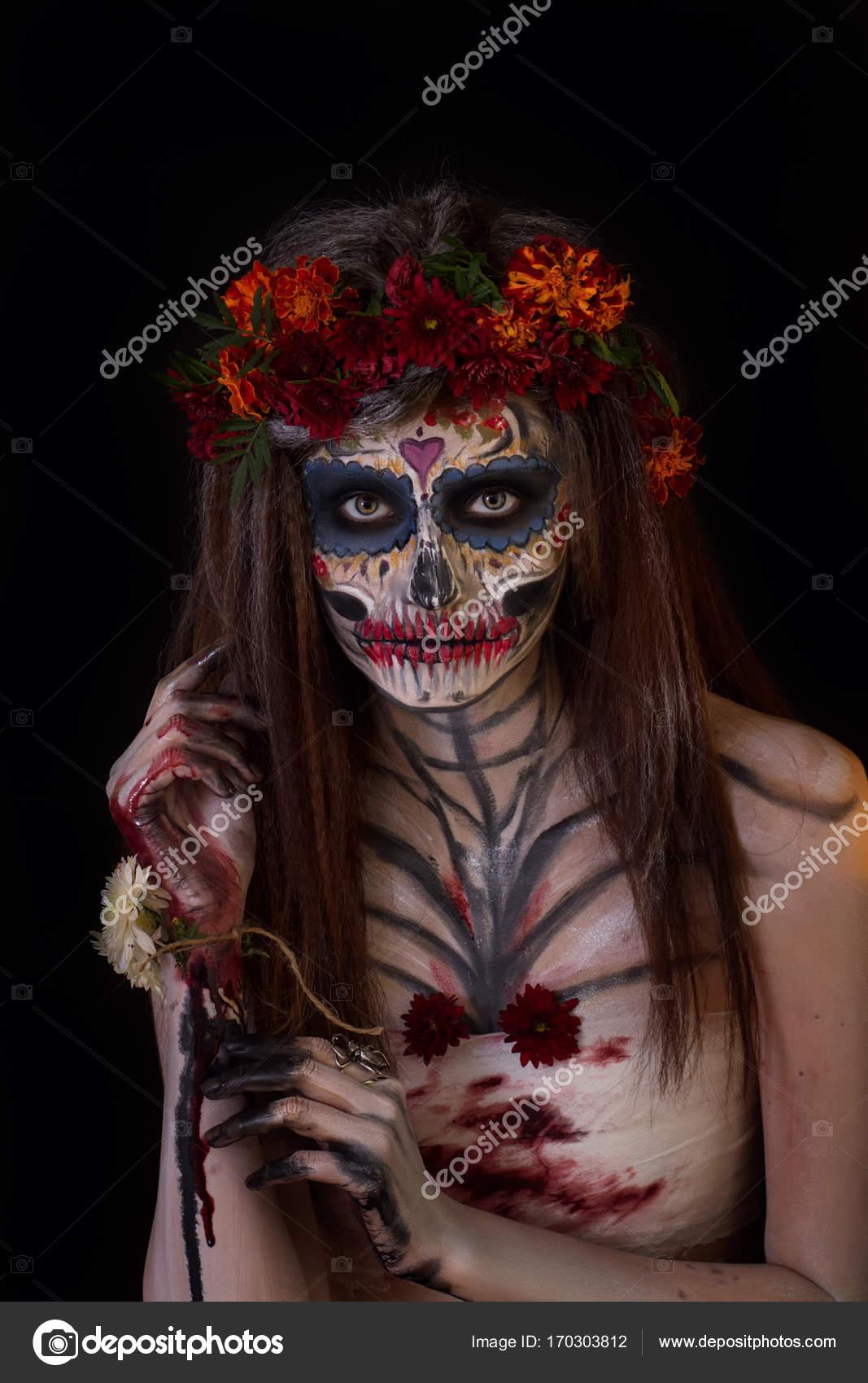 Trucchi Di Halloween Spaventosi.Bella Ragazza Con Trucco Di Halloween Spaventoso Foto Stock