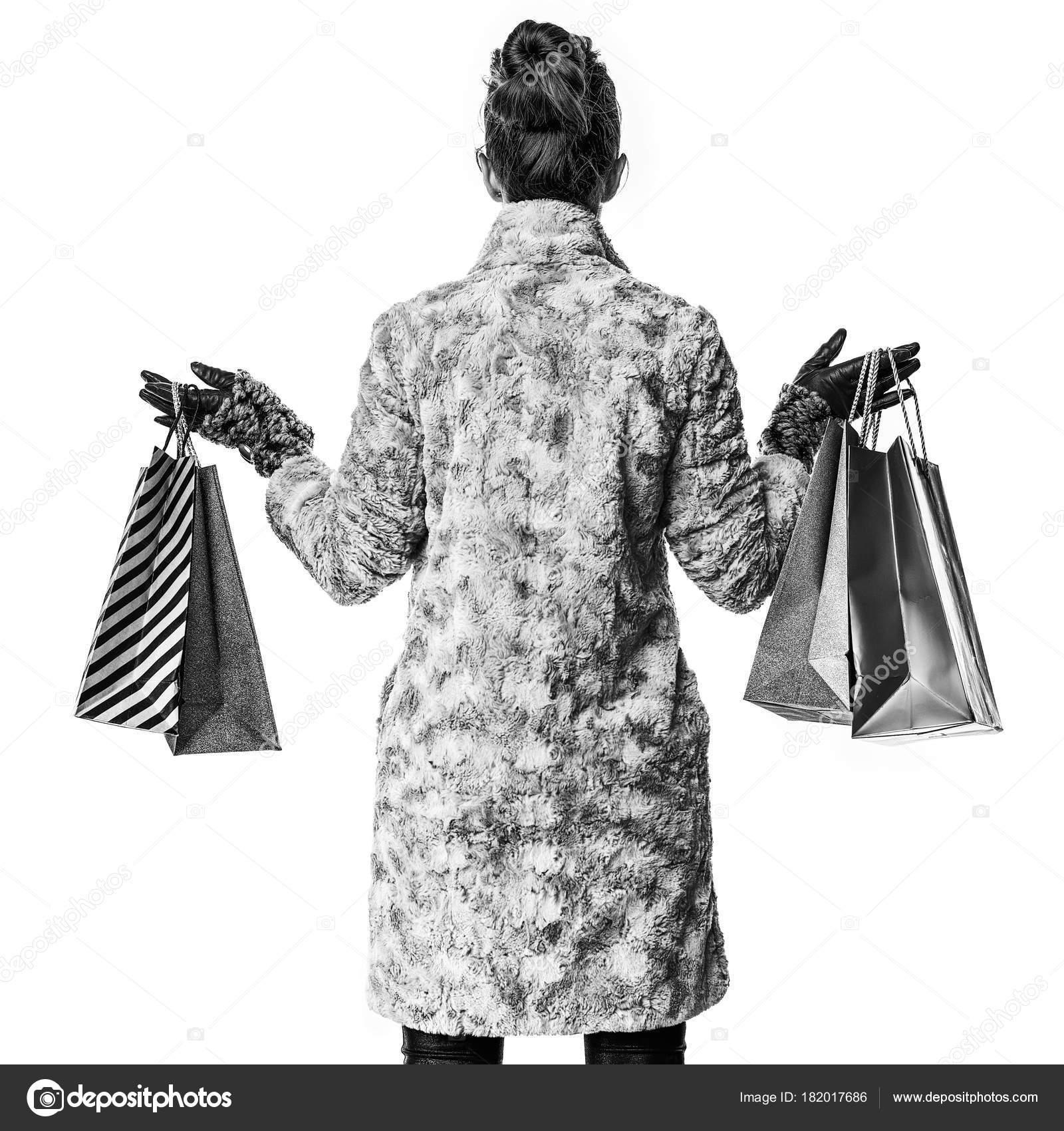 Moderne Winterjas.Gezien Achter Moderne Vrouw Winterjas Geisoleerd Wit Met Shopping