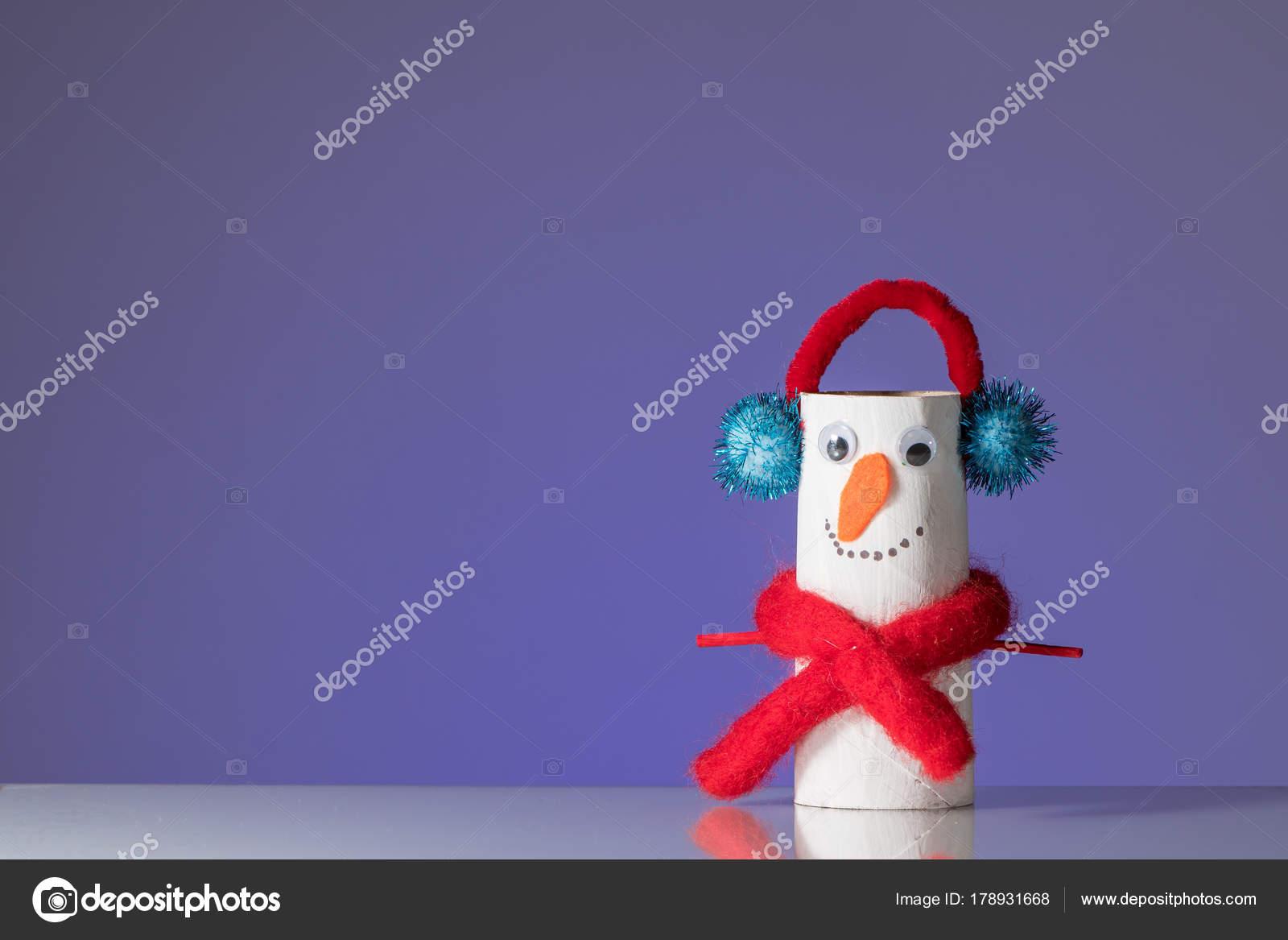 Pinguim De Artesanato Infantil Feito De Rolo De Papel Higiênico