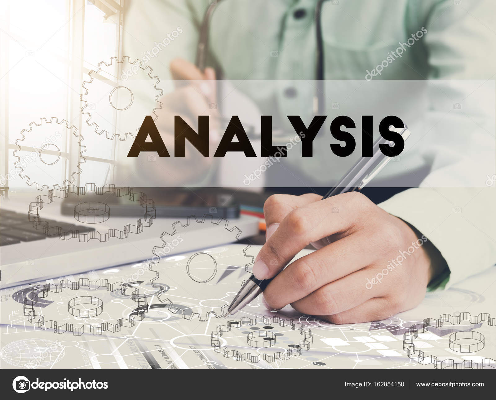 Businessman writing financial analysis graph report on desk — Stock ...