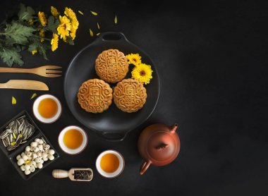 Mid autumn festival chinese mooncakes