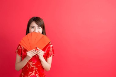 woman holding  Red envelopes.