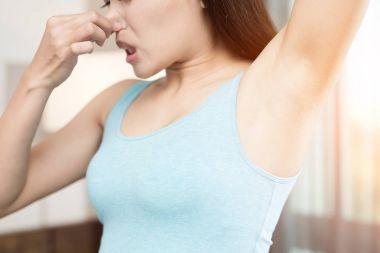 woman with body odor problem