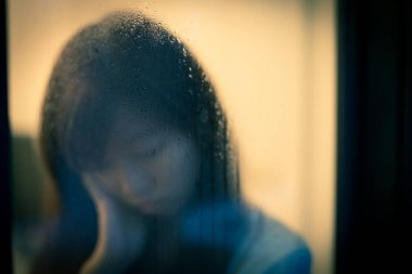 woman feeling depression