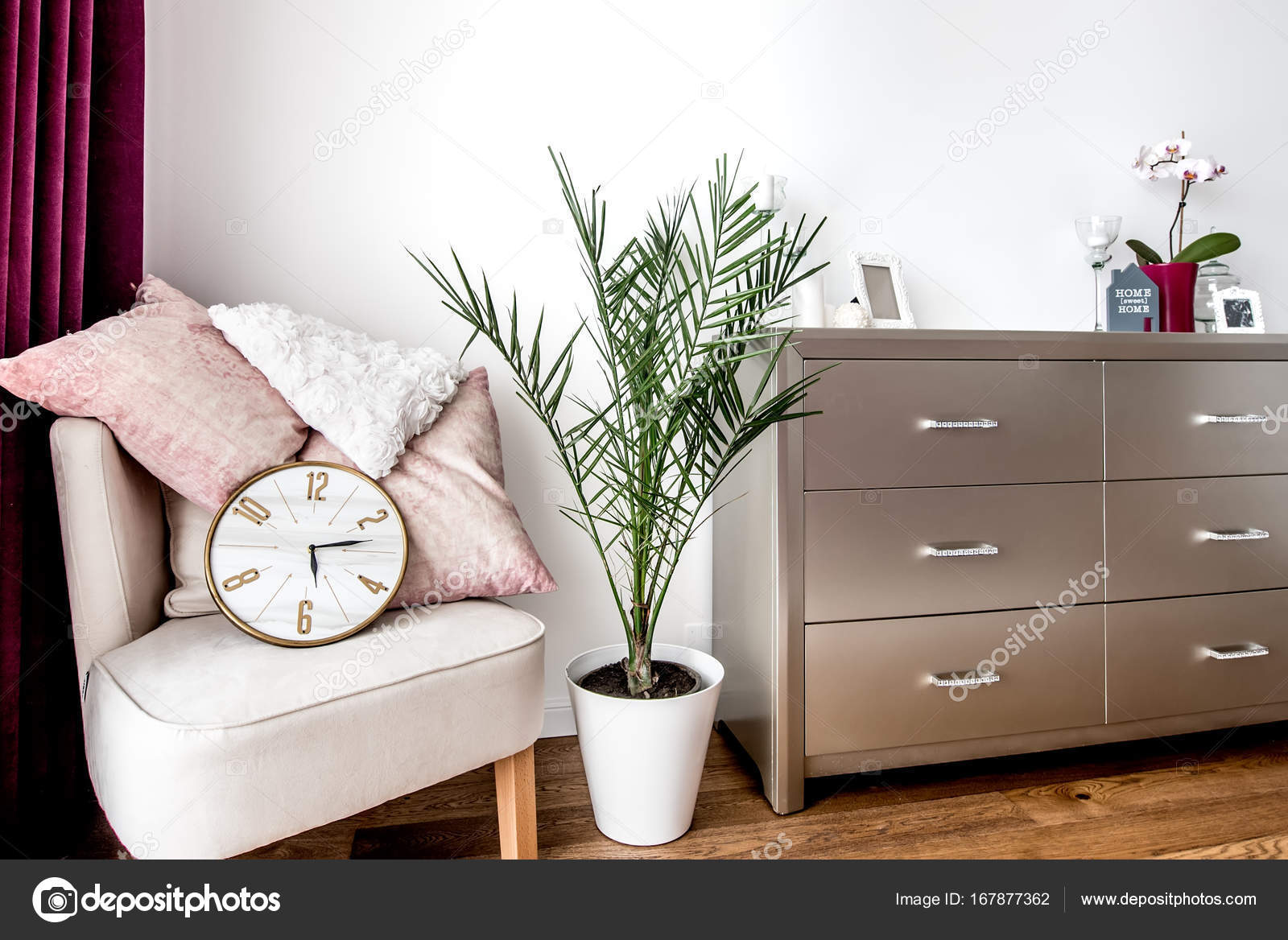 Design Slaapkamer Meubilair : Stijlvolle hoofdslaapkamer met eigentijds meubilair en design