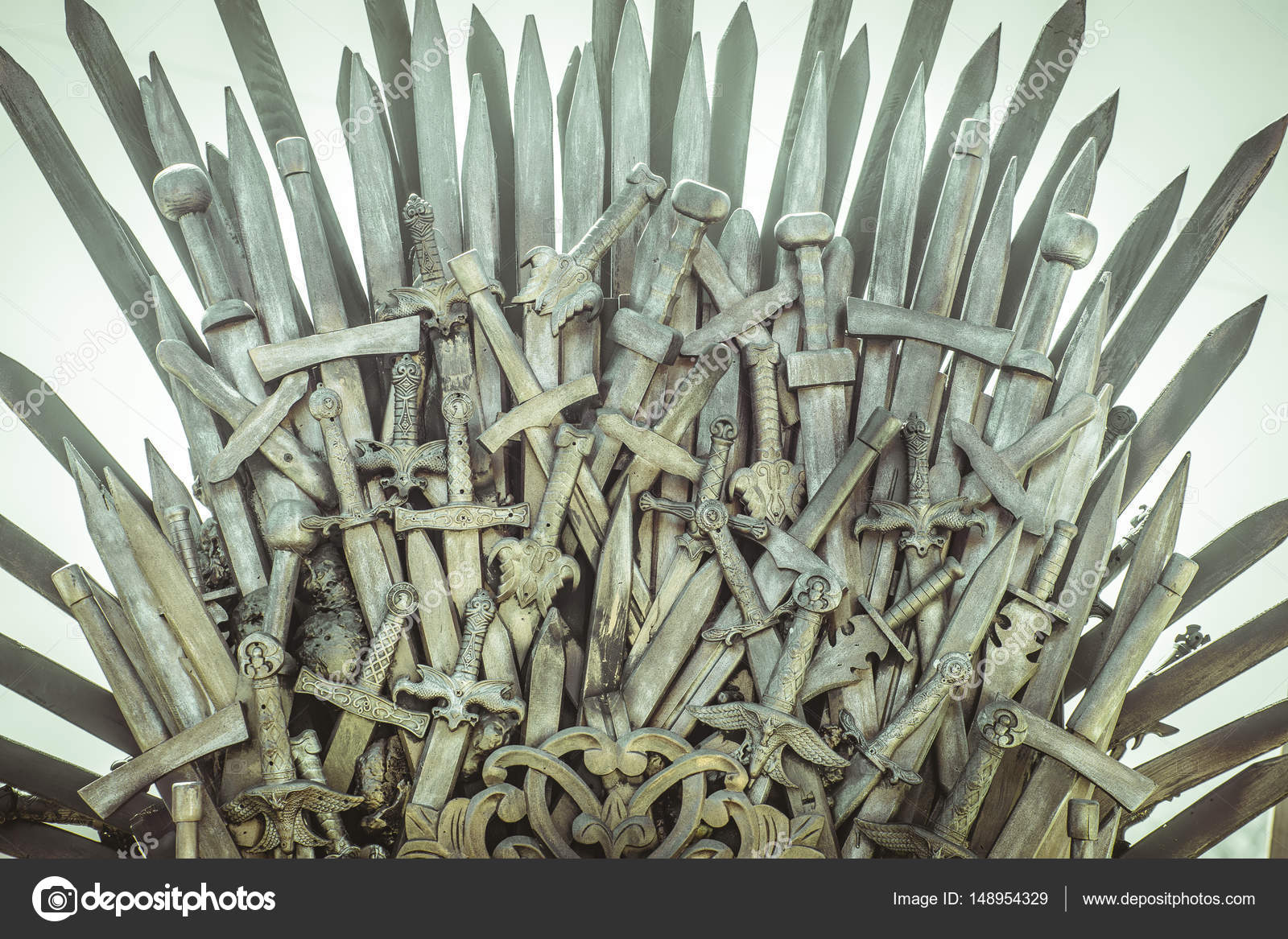 Picture Iron Throne Picture Iron Throne Made With Swords