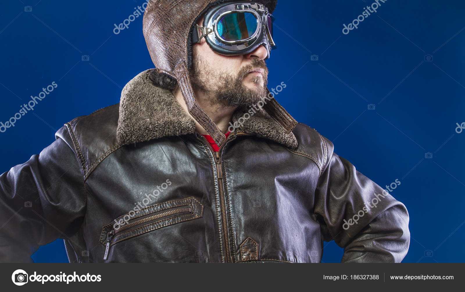 Pilot 20S Sunglasses Vintage Aviator Helmet Wears Leather Jacket Beard —  Stock Photo 17609d4f93