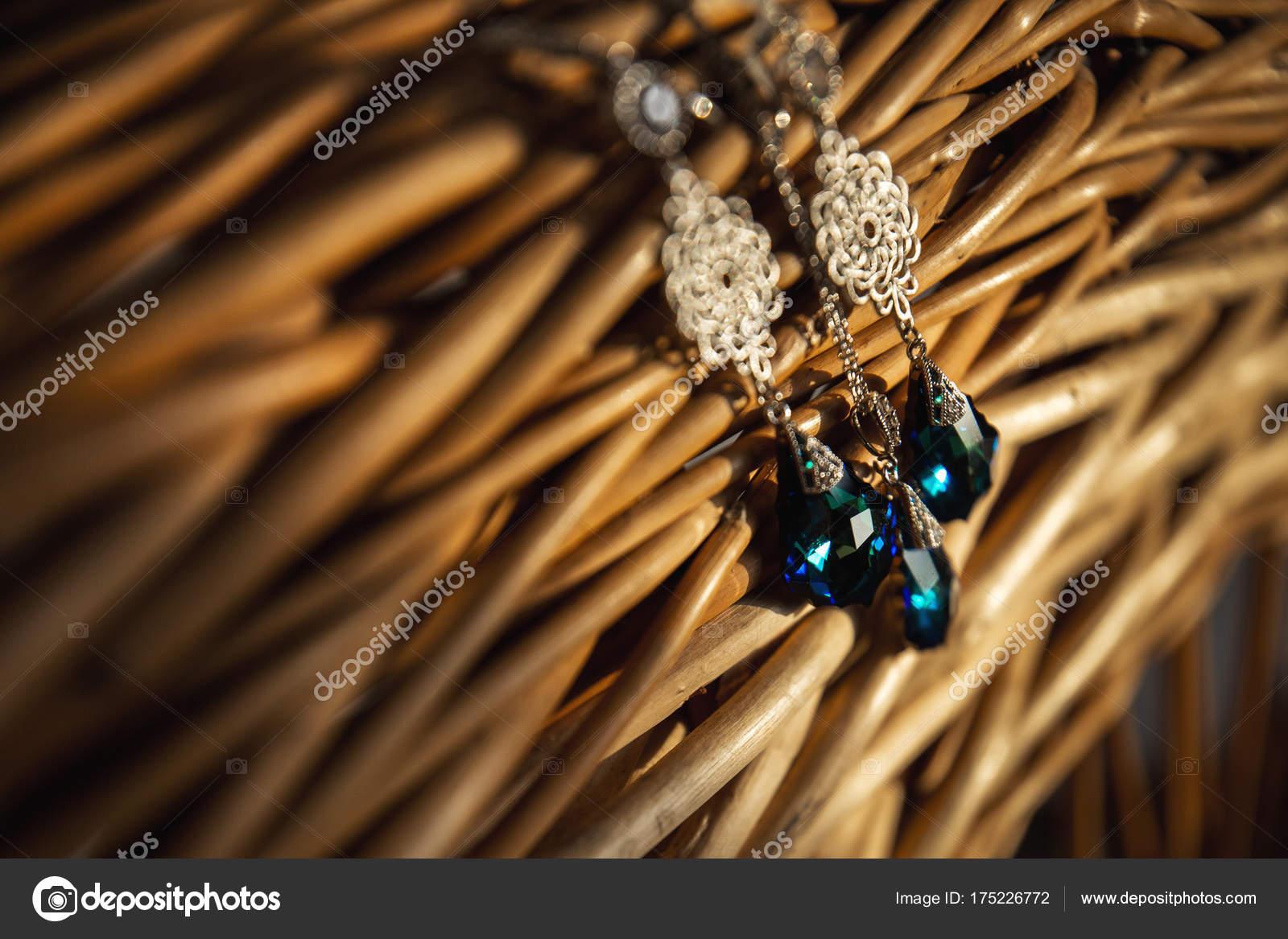 8362f69f00dc Кулон ожерелье и серьги комплект ювелирных изделий на соломенных поддержки. Украшения  ручной работы из полимерной