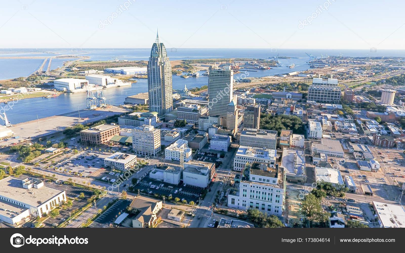 Luftaufnahme Der Innenstadt Von Mobile Alabama Stockfoto Gtd7