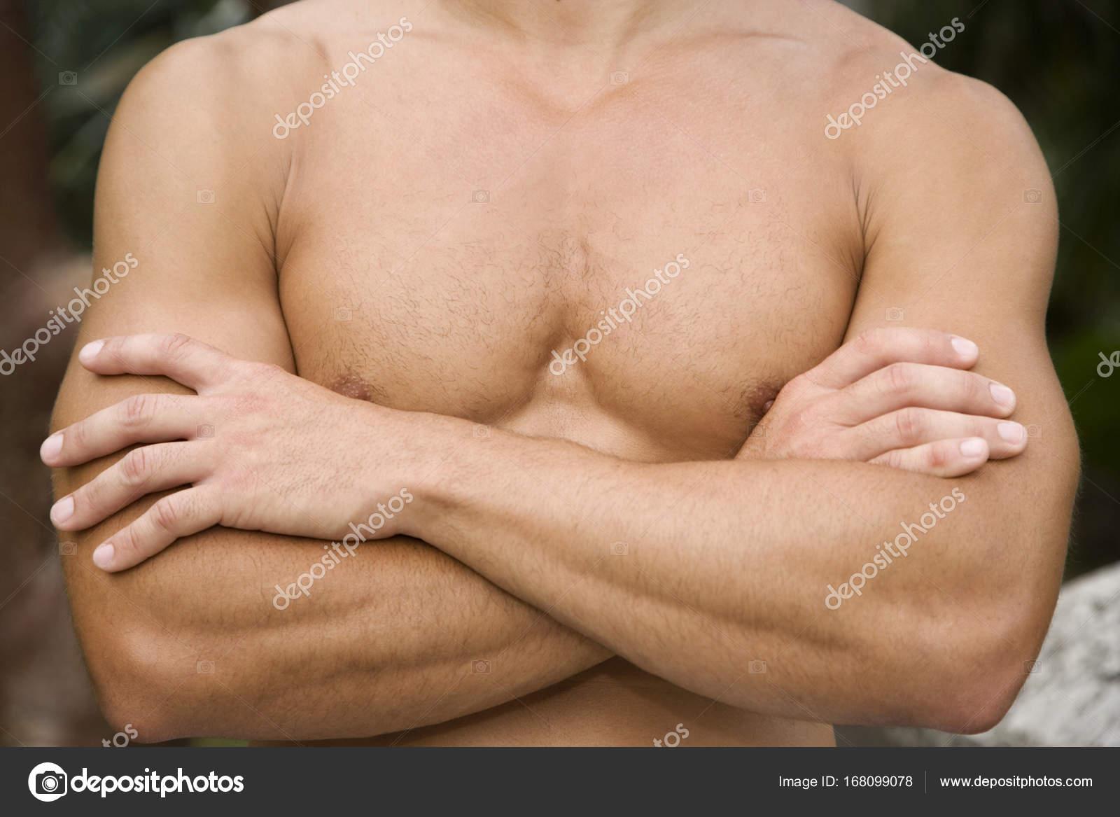 Cerrar Tiro Pecho Brazos Hombre Musculoso — Foto de stock ...