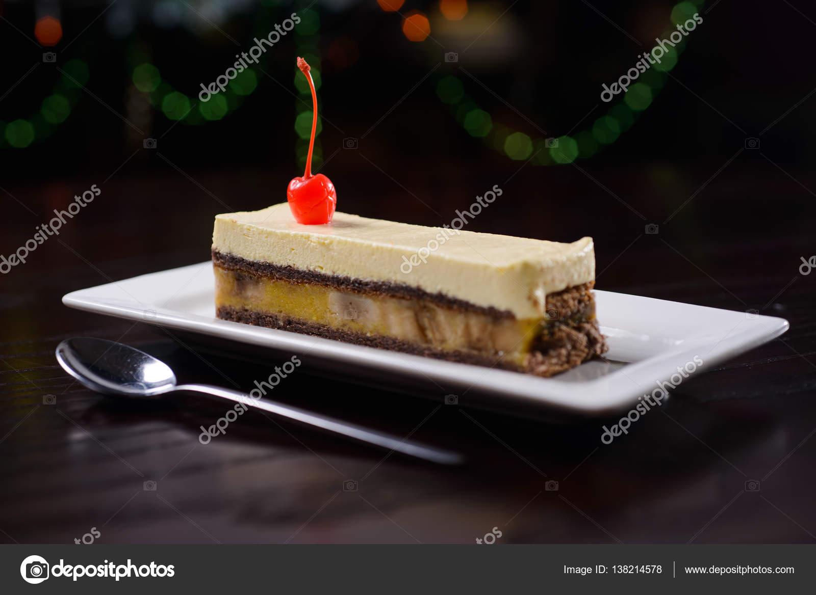 Bananen Sahne Kuchen Stockfoto C Zakharovaleksey 138214578