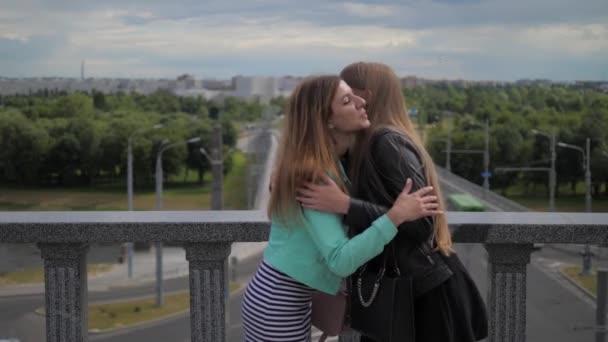 políbit se na rozloučenou