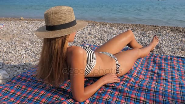 Бикини пляж видео бесплатно