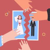 Fényképek Pártfogolta. Férfi és a nő kezében szétszakítani esküvői fotó. Szakítani a kapcsolatot. Családi élet végét. Gyémánt gyűrű. Kivonulás a fiatal volt a feleség és a férj. Válás fogalmát