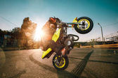 Fotografia Bambino su una moto