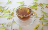 Tea. green Tea. Herbal tea. Mint leaf. Tea with apple flavor. Te