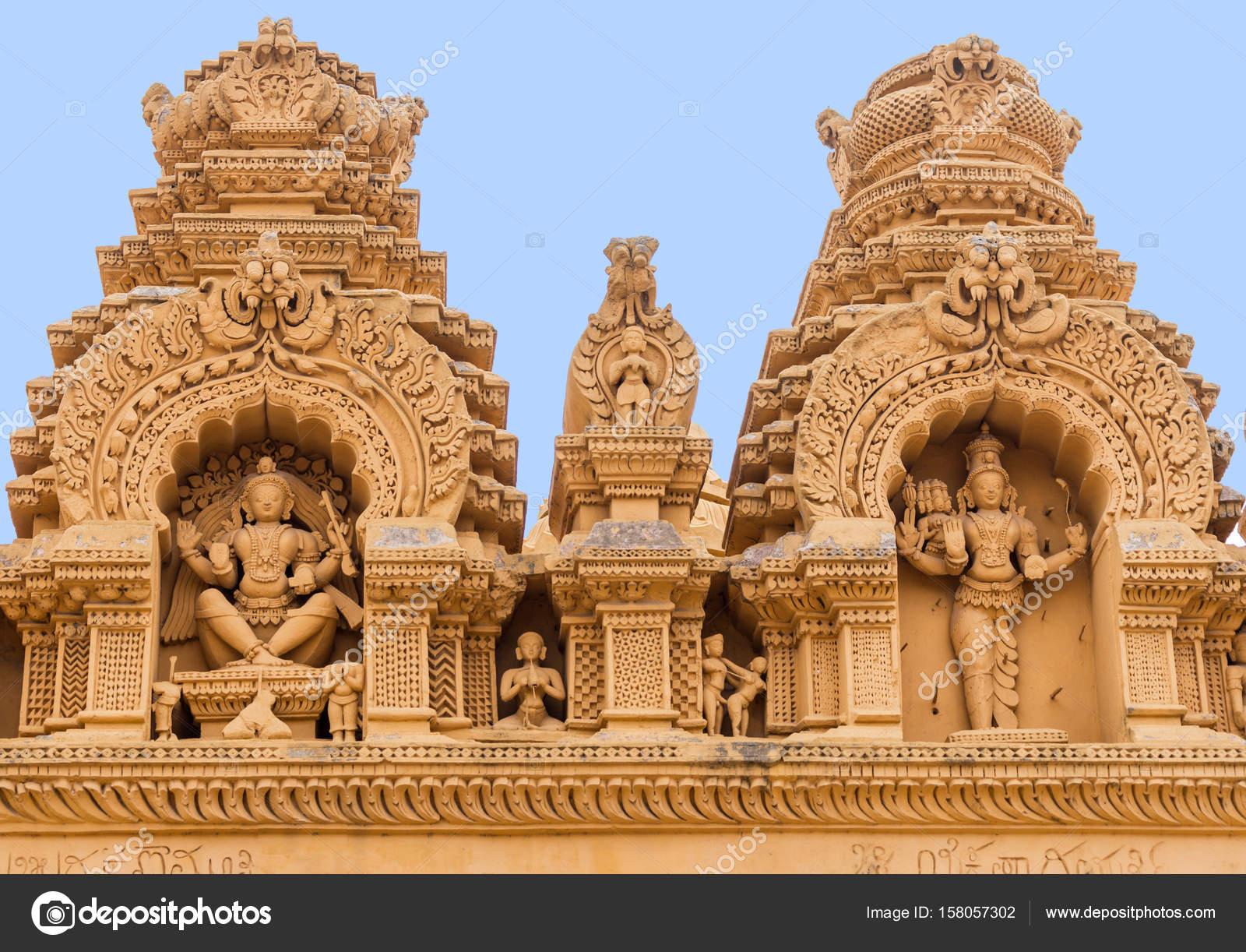 Храмы с сексуальными изображениями