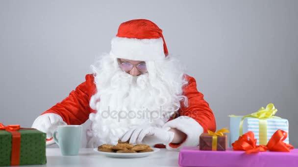 Babbo Natale 50.Babbo Natale Mangia Biscotti E Bevande Latte 50 Fps