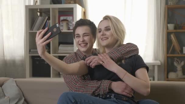 video leszbikusokporn érett nagy szamár