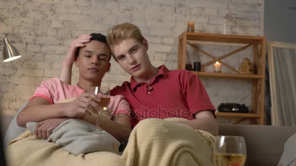 Caldo adolescenti lesbiche