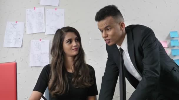 Flirten mit chefin