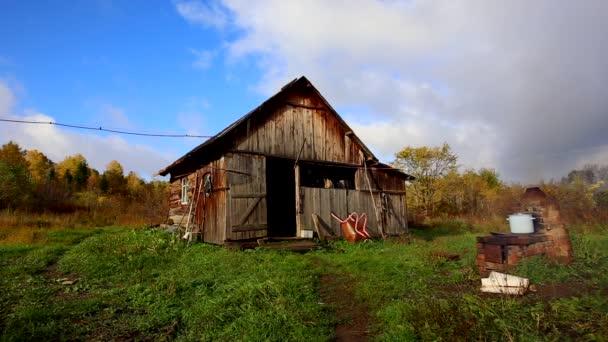 Traditionnelle Russe Cabane Bois Avec Fumee Cheminee Parc National