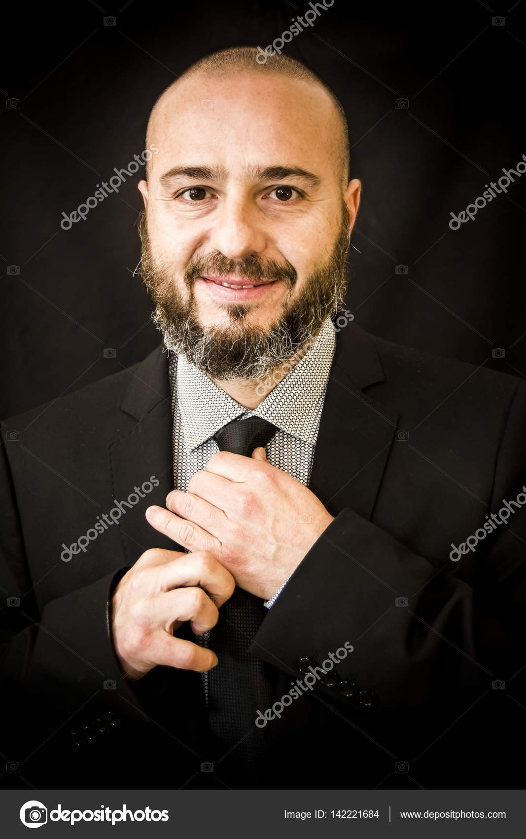 depositphotos_142221684-stock-photo-handsome-bald-man-with-beard.jpg