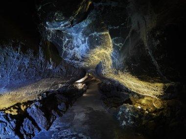 Cueva de los Verdes Green Cave