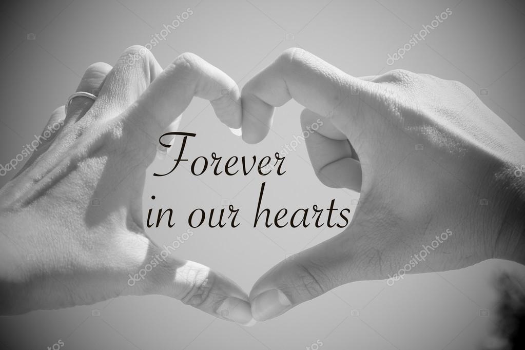 Populair Voor altijd in onze harten offerte met mooie liefde vorm handen @PI13