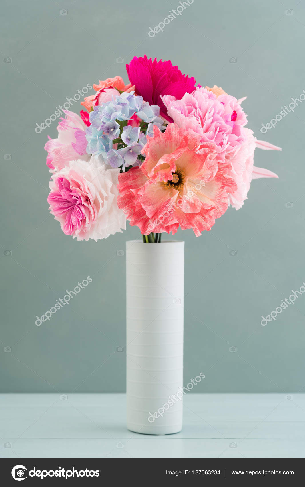 Crepe Paper Flower Bouquet Stock Photo Ecoelfen 187063234