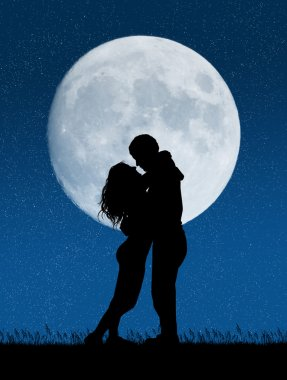 kiss in the moonlight