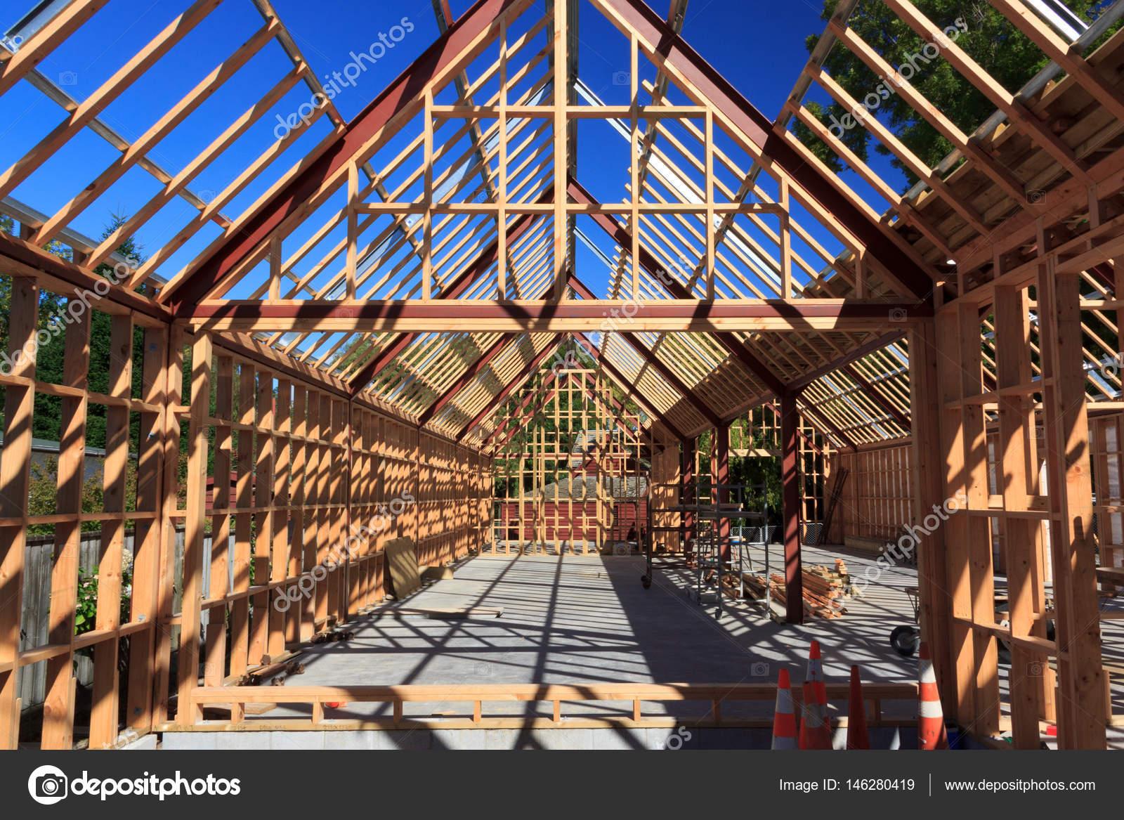 edificio de la casa de marco de madera - Nueva Zelanda — Foto de ...