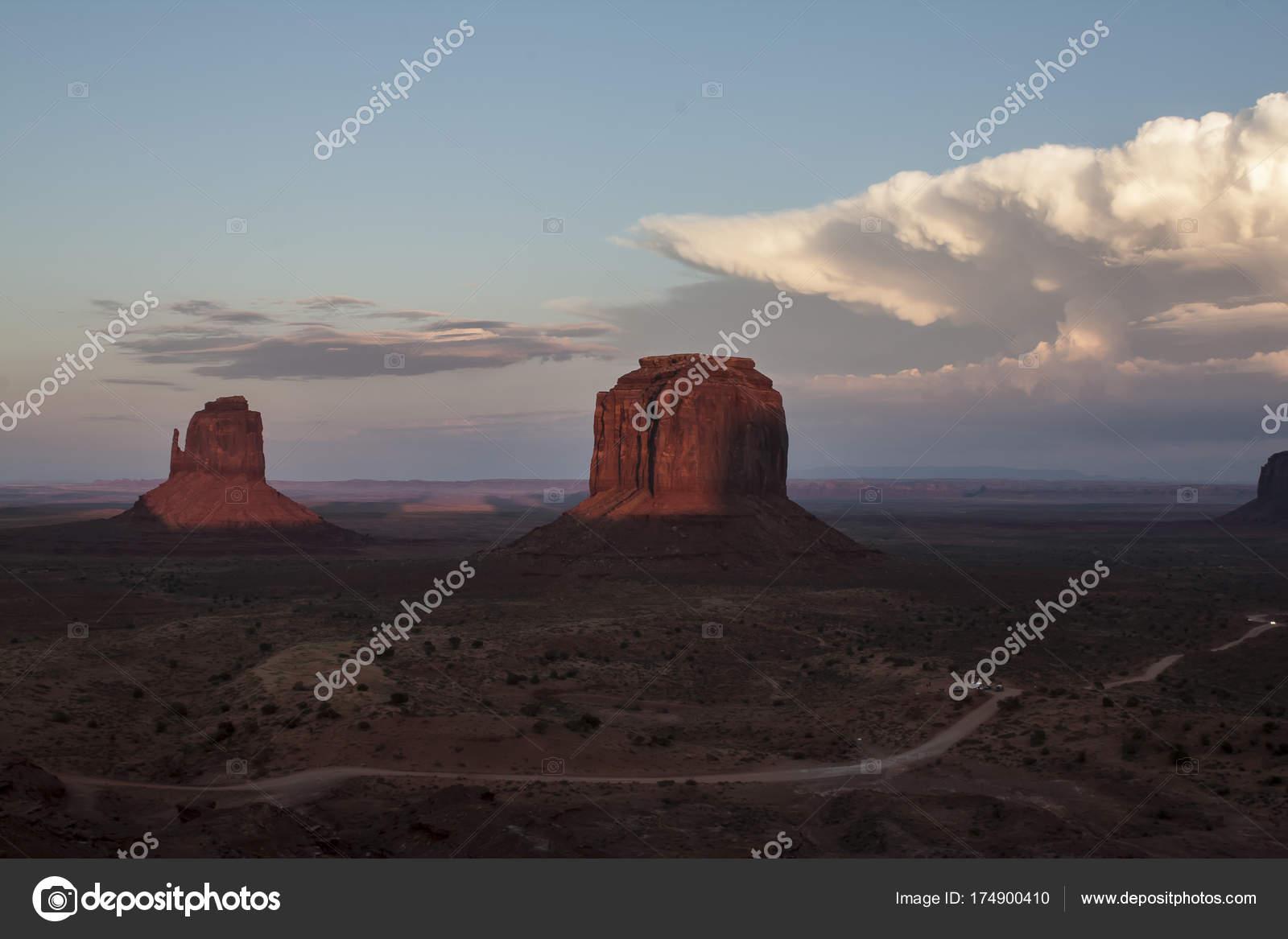 Monument Valley Parc Tribal Photographie Pluto51 C 174900410