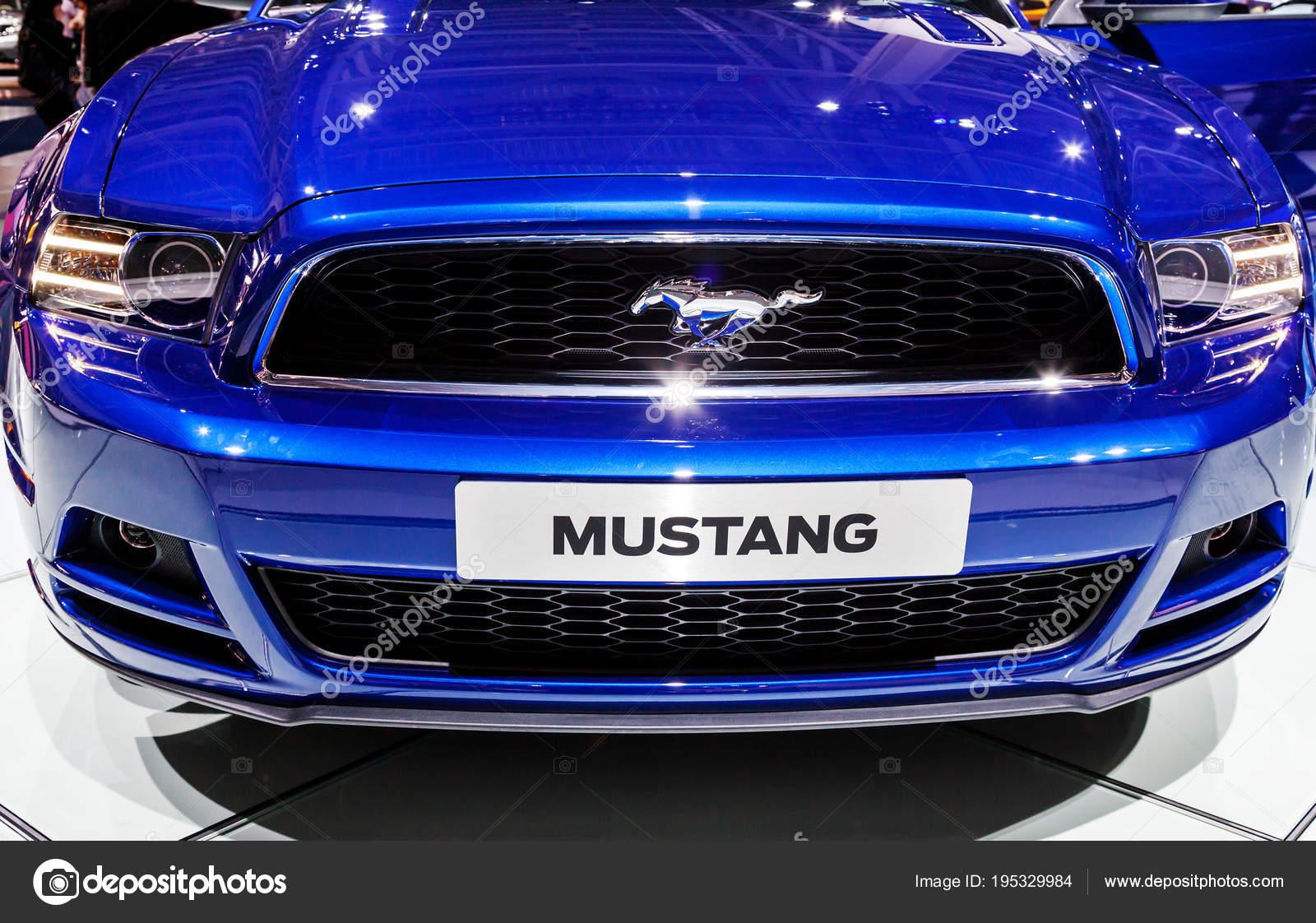 91999a334a3 Mustang auta emblém a logem značky - Stock Editorial Foto © maxoidos ...