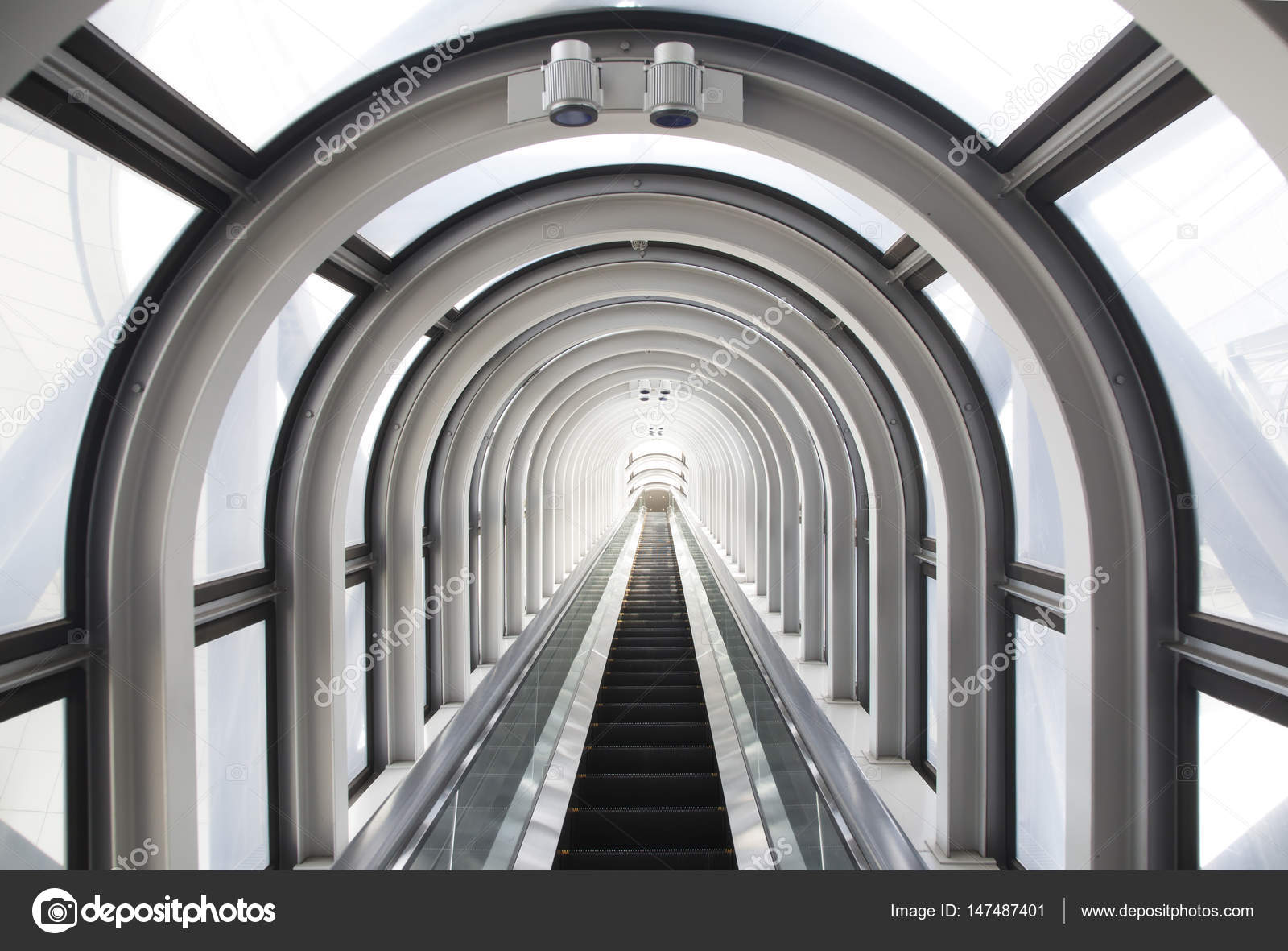 Moving Staircase Photo U2014 Stock Photo