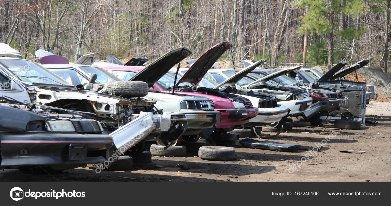 Auto Salvage Yard — Stock Photo © ErrantPixels #167245106