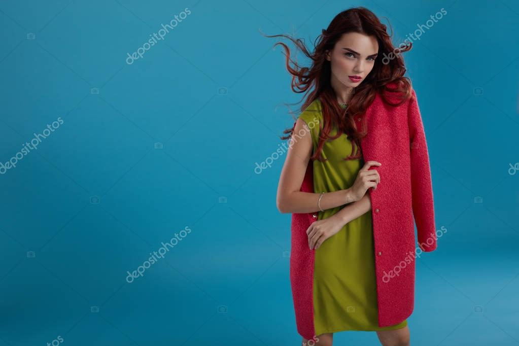 Glamour Kleding.Vrouw Stijl Fashion Model Meisje In Mooie Modieuze Kleding