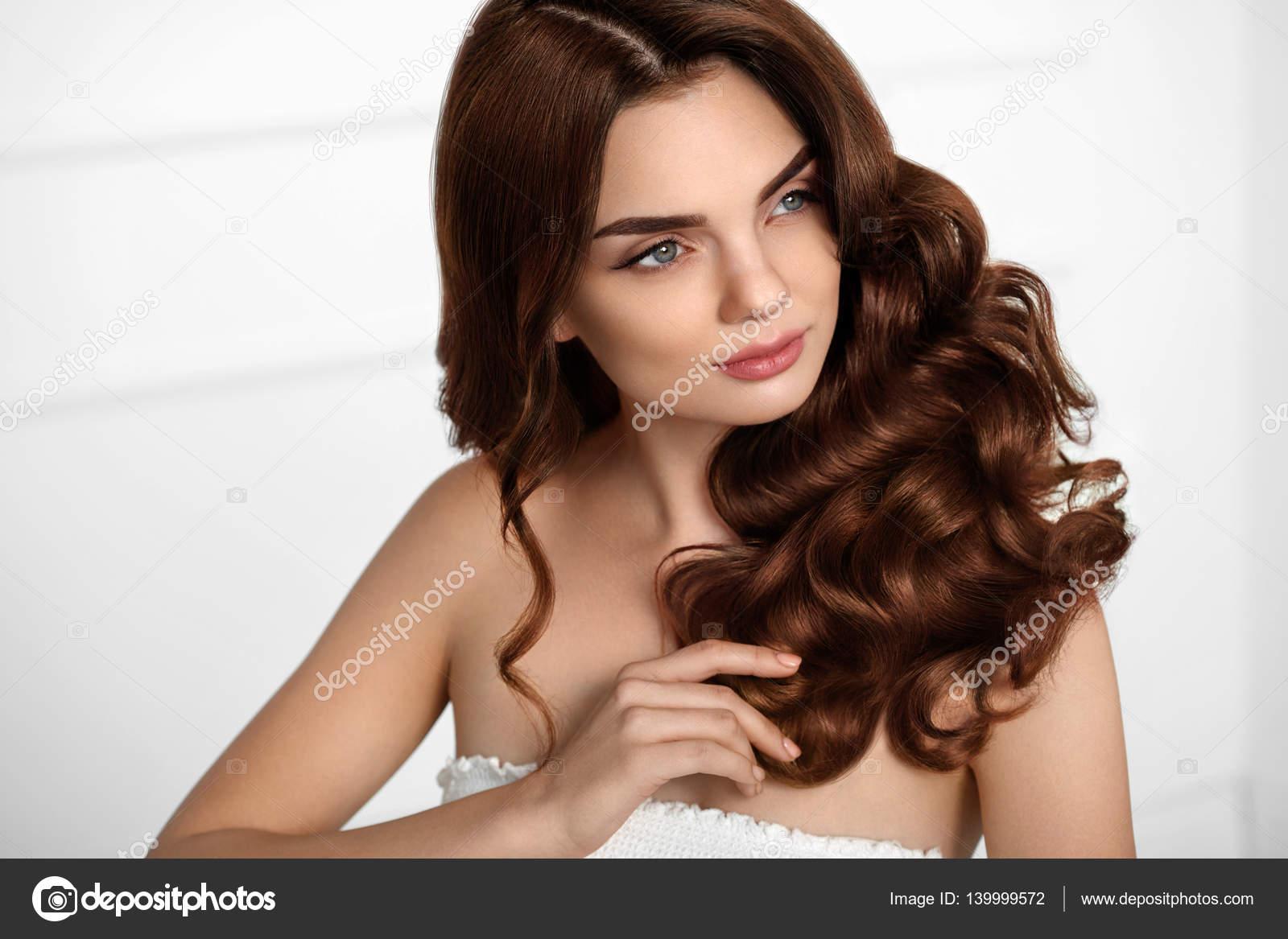 En Havalı Kahverengi Saç Modelleri