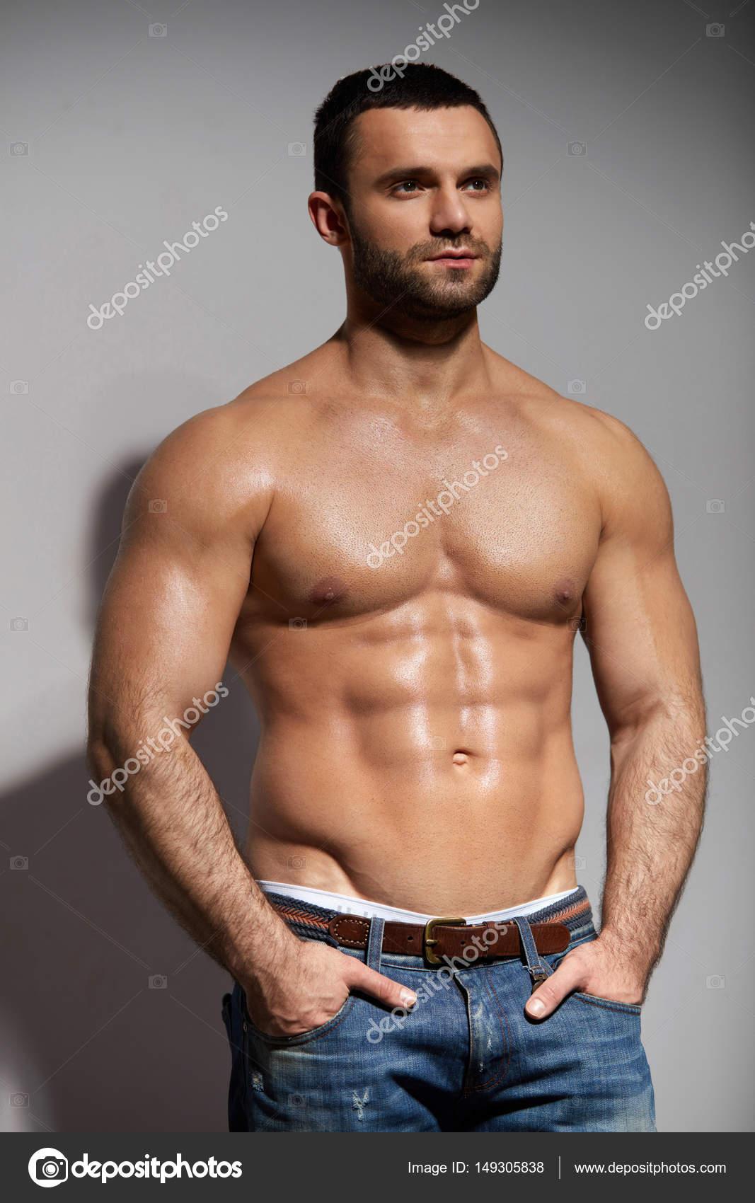 Musculer hairy guys naked