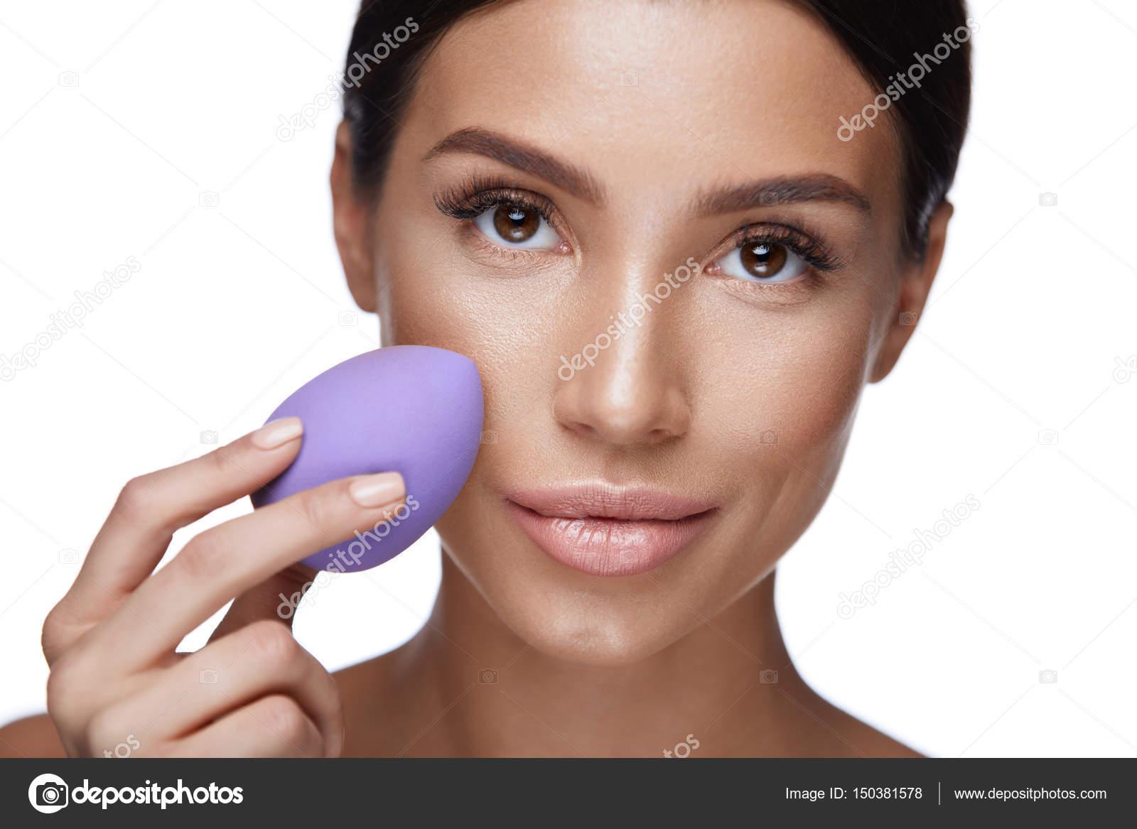 Beauty Makeup Beautiful Woman Applying Foundation With Sponge Stock Photo C Puhhha 150381578