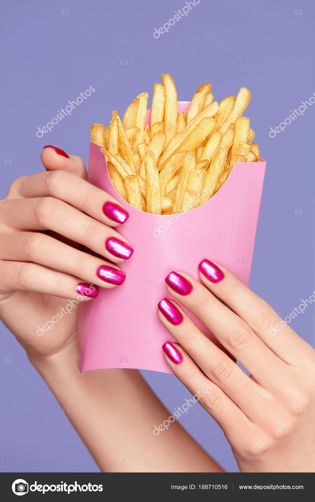 Pink Nails. Female Hands And Fries — Stock Photo © puhhha #188710516