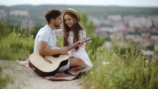Beautiful Couple Love Nature Romantic Date Spending Time Together Handsome  ⬇ Video by © puhhha Stock Footage #192295216