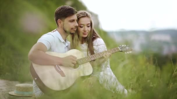 Beautiful Couple Love Nature Romantic Date Spending Time Together Handsome  ⬇ Video by © puhhha Stock Footage #192295278