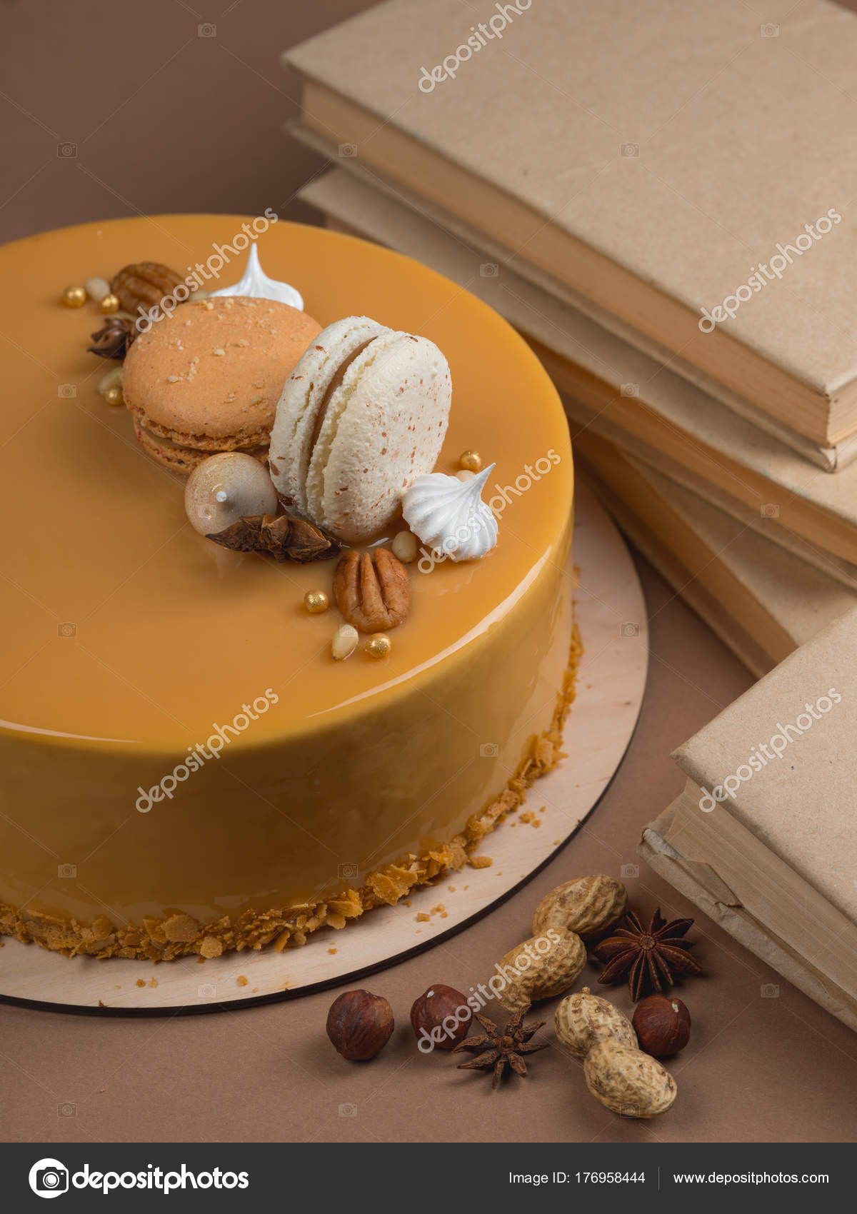 Close Sweet Caramelized Cake Decorated Chocolate French