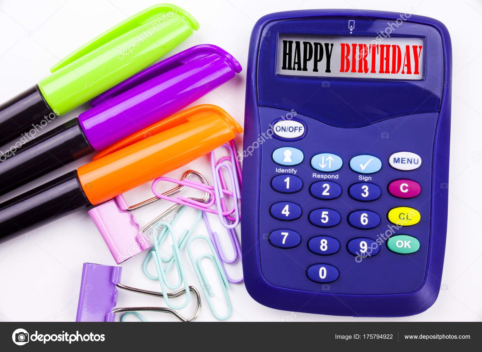 Anniversario Ufficio : Scrivere la parola testo di buon compleanno in ufficio con